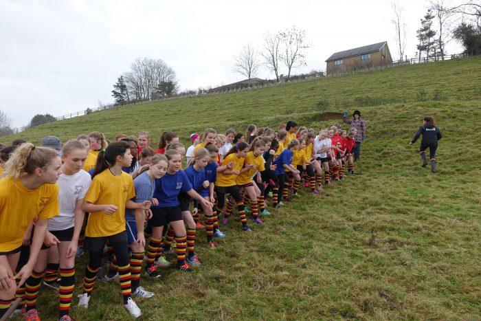 Girls cross country race starting line